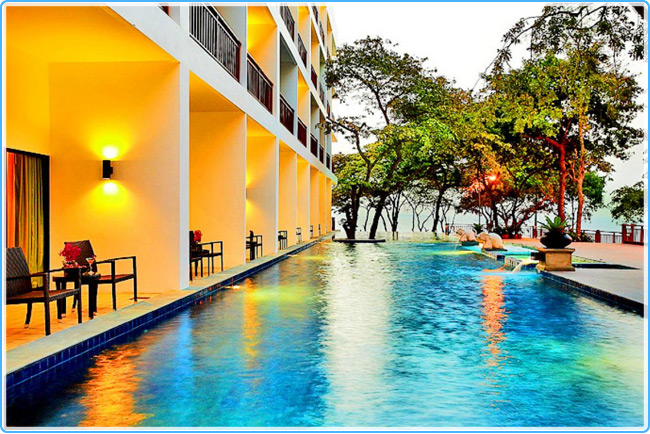 COSY BEACH HOTEL 3 *
