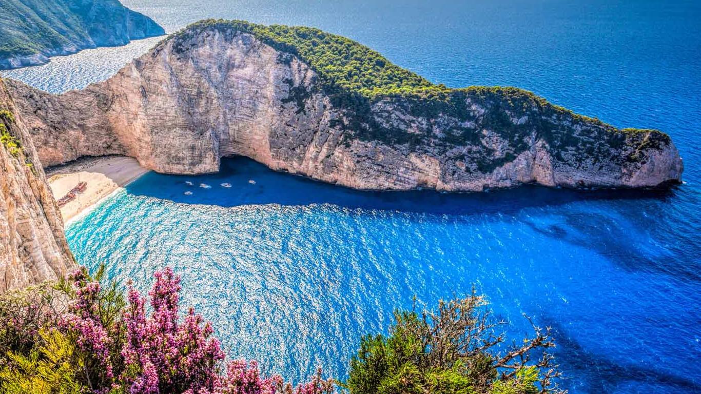 Залив в Греции