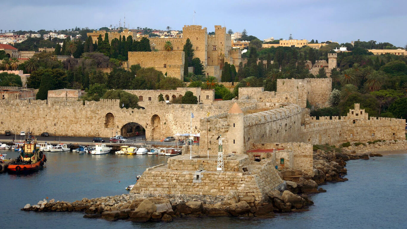Родосская крепость в Греции