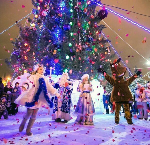 Новогодний автобусный тур — Уфа новогодняя встречает гостей